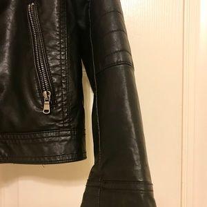 Kids black leather jacket, size 8-9 years